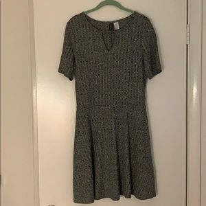 Grey knit keyhole dress